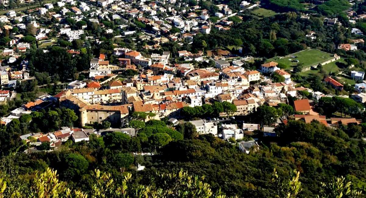 Il borgo dall'Acropoli