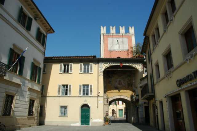 Porta Lombricese