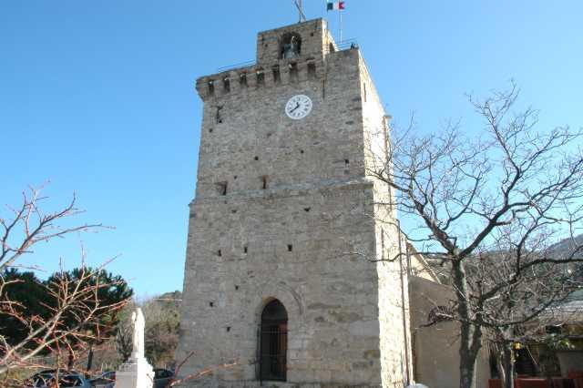 La torre carolingia