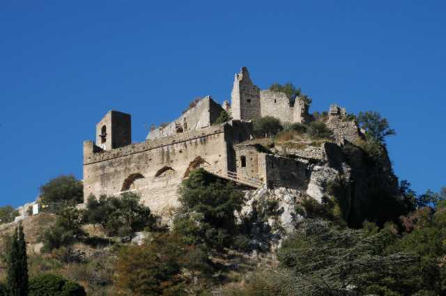Il castello di Entrechaux