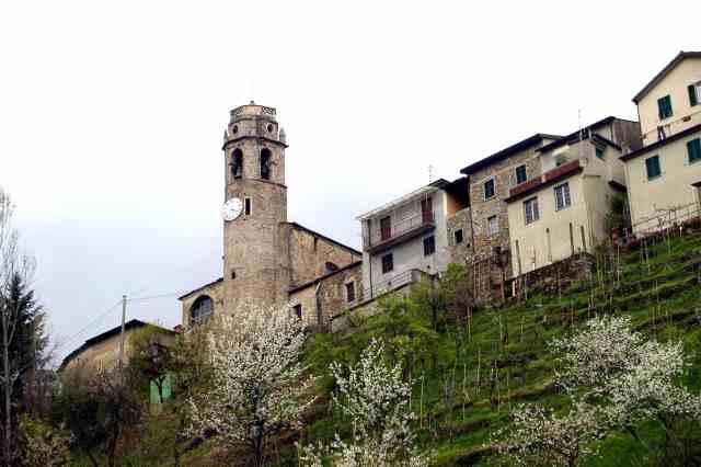 La torre trasformata in campanile