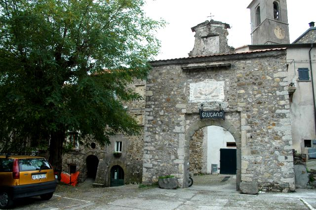 La porta del borgo