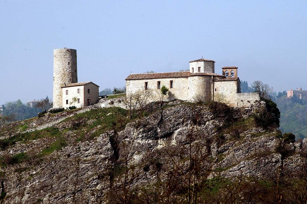 Torre e Santuario della Madonna di Saiano
